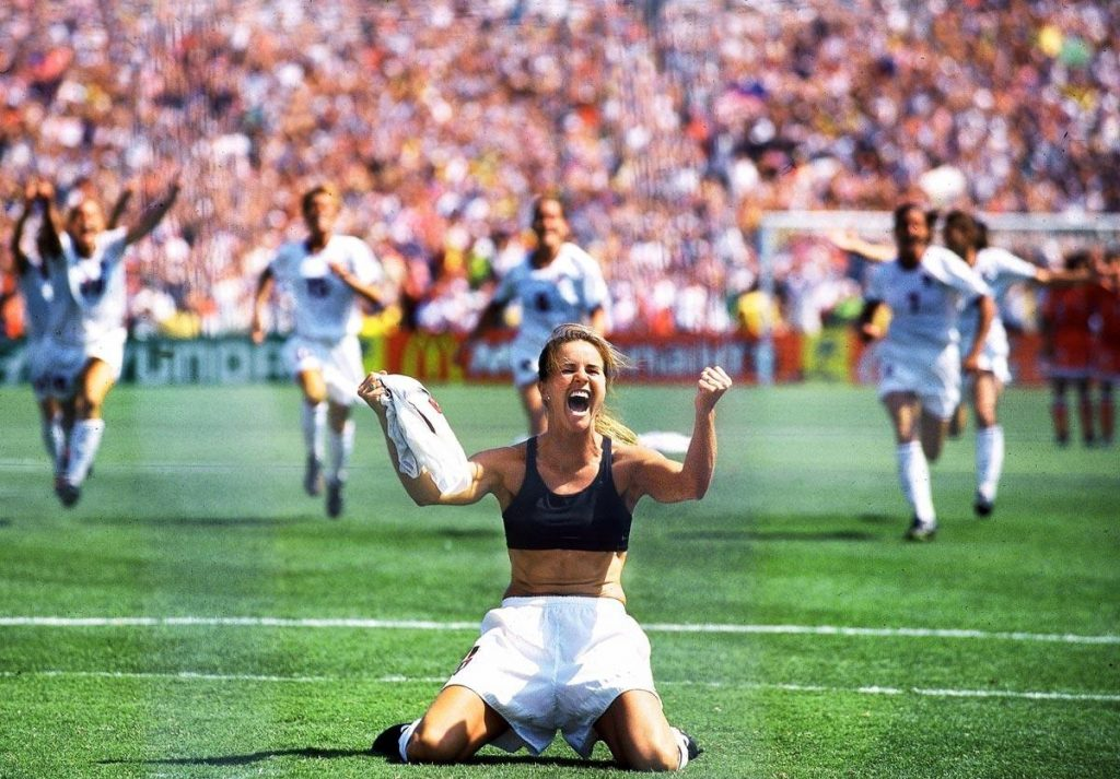 14-brandi-chastain-1999-world-cup